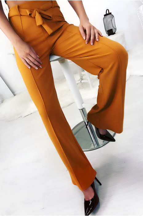 pantalon-palazzo-moutarde-avec-plis-et-ceinture-mode-femme-fashion (1)